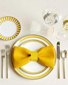 pliage serviette papillon jaune, set de table jaune
