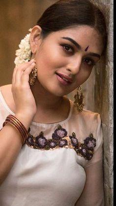 - Photograph of Prayaga Martin  IMAGES, GIF, ANIMATED GIF, WALLPAPER, STICKER FOR WHATSAPP & FACEBOOK