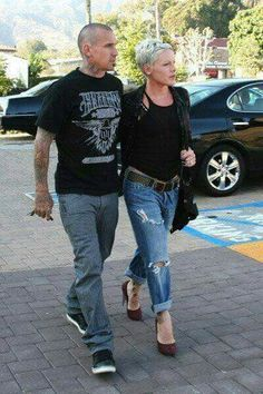 Cary Hart and his wife Alecia Beth Moore