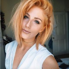 24 of the Best Blorange Hair Color Ideas to Wow this Winter - Haare Stylen Beach Blonde Hair, Light Blonde Hair, Blonde Hair With Highlights, Blonde Orange Hair, Blonde Ombre, Pastel Orange Hair, Light Copper Hair, Copper Blonde Hair, Light Red Hair