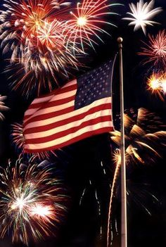 Happy 4th of July American Friends. Beautiful fireworks and flag!