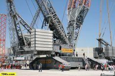 Rocketumblr — Liebherr LR 13000 crawler crane