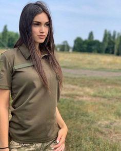Beautiful Women Pictures, Gorgeous Women, Amazing Women, Army Girl Costumes, Idf Women, Girls Foto, Ukraine Girls, Military Love, Tattoed Girls