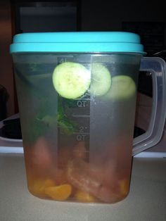 Ingredients~ gallon water 1 grapefruit,sliced (can substitute with 1 lemon) 1 tangerine (can substitute with 1 orange) 1 large cucumber,sliced peppermint leaves As much ice as you like Let ingredients set for as long as possible for best results Weight Loss Drinks, Easy Weight Loss, Healthy Weight Loss, How To Lose Weight Fast, Losing Weight, Detox Drinks, Healthy Drinks, Get Healthy, Eating Healthy