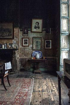 Viyet Style Inspiration | Georgian kitchen by James Hughes