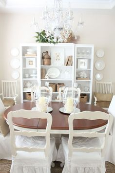 Styling your bookshelves! Step by step!