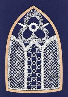 Lace Heart, Lace Jewelry, Bobbin Lace, Lace Detail, Butterfly, Christmas, Bobbin Lacemaking, Xmas, Navidad