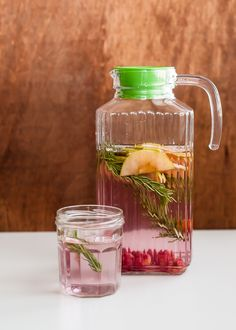 green apple raspberry rosemary infused water | HelloGlow.co