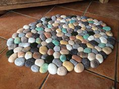 Ein persönlicher Favorit aus meinem Etsy-Shop https://www.etsy.com/de/listing/458546008/filzsteinteppich-multicolor-mosaik
