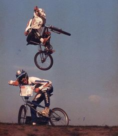 The Friday Getaway! Weekend mode on. Grip it and rip it!   All credit to the Photographer/Owner  _______________________________________________  #vintageracing #thefridaygetaway #weekend #fridaymode #gripitandripit #bmx #bmxlife #bmxracing #oldschool #racing #racer