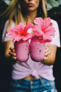 Pink Aloha Smoothie — earthyandy Pink Aloha Smoothie Recipe Makes 2 servings 5 Frozen ripe banana 2 pitaya packets 1/3 cup almond or fav nut milk 1 vanilla bean