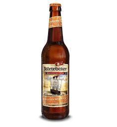 Cerveja Störtebeker Bernstein-Weizen, estilo German Weizen, produzida por Störtebeker Braumanufaktur, Alemanha. 5.3% ABV de álcool.