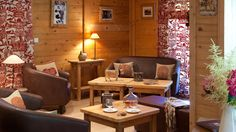 hotels-charme-ski-les-gets-le-crychar-salon.jpg