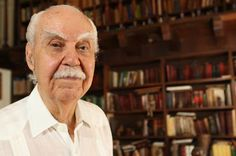 Dr. Ricardo E. Alegría: Father of Modern Puerto Rican Archaeology- wonderful writer, I remember one of his books as part of my favorite childhood reading experiences.