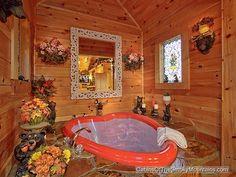 """Gatlinburg romantic honeymoon cabin with heart shaped jacuzzi: """"Wet N' Wild"""" 1-bedroom luxury cabin"""