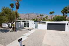 Jacques Drive - midcentury - exterior - other metro - by House & Homes Palm Springs Home Staging