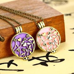 Aromatherapy Essential Oil Diffuser Necklace - Naturally Common Scents