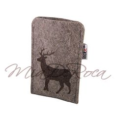 Just got an iPhone so need this now! iPod or iPhone Pouch made of Felt with Stag Ignaz - MiaDeRoca Ipod, Shops, Pouch, Felt, Purses, Crafts, Stuff To Buy, Bags, Felting