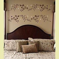 No need for hammer and nails when you have a paint brush and paint- pretty border/stripe stencil pattern.