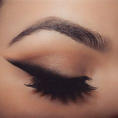 Oh how I missed my make up!! @hudabeauty @shophudabeauty Lana lashes @morphebrushes shadows and gel liner @eyekandycosmetics glitter @benefitcosmetics stay don't stray, mascara and foundation