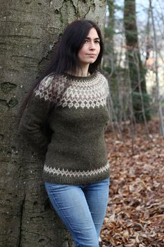 Ravelry: Treysta pattern by Jennifer Steingass Fair Isle Knitting Patterns, Knit Patterns, Knit Or Crochet, Crochet Crafts, Icelandic Sweaters, Sweater Design, Knit Fashion, Pullover, Free Knitting