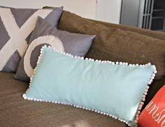 Awesome DIY Pompom Pillow | Home Design Ideas, DIY, Interior Design And More!