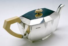 English Art Deco Sterling Silver and ivory Coffee and Tea Service, Emile Viners, Sheffield, 1938/39