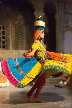 Chavri Dance at Bagor ki Haveli Udaipur, Rajasthan, India Shall We Dance, Lets Dance, We Are The World, People Around The World, Tango, Baile Jazz, Religions Du Monde, Udaipur India, Amazing India