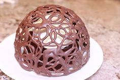 Chocolate dome (made with a water balloon)