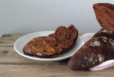 pikku murusia: Suklaaleipä (chocolate bread)