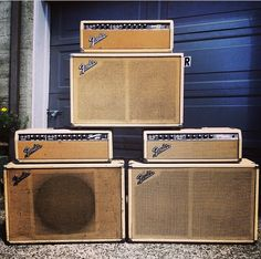 Showman, Tremolux and Bandmaster, all Fender Guitar Amps, Guitar Rig, Cool Guitar, Guitar Wall, Fender Vintage, Vintage Guitars, Vintage Les Paul, Unique Guitars, Bass Amps