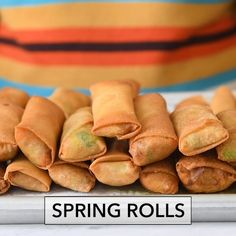 Here is a simple recipe for fried vegetable and pork spring rolls food recipes authentic videos Chinese Spring Rolls Pork Spring Rolls, Baked Spring Rolls, Vegetable Spring Rolls, Chicken Spring Rolls, Recipe For Spring Rolls, Spring Roll Recipes, Healthy Spring Rolls, Vegetable Egg Rolls, Veggie Rolls