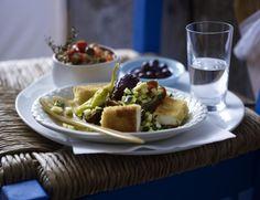 Unser beliebtes Rezept für Gebackener Feta mit Dattel-Zucchini-Salat und mehr als 55.000 weitere kostenlose Rezepte auf LECKER.de.