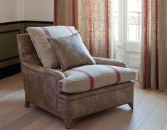 Col. Buffalo & Antique Linen by Les Creations de la Maison