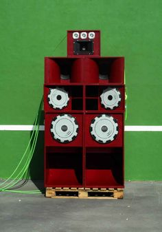 Working Bass Sound System - Logroño - La Rioja. Holiday Decor, Reggae Music, Exhibitions, Artists