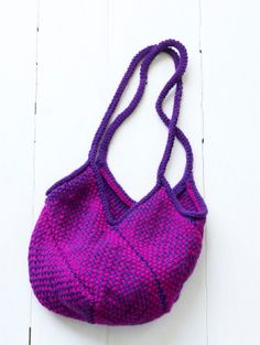 """DYI bag using loom. Make four 5""""X16"""" rectangle and straps. Then follow directions for piecing together."""