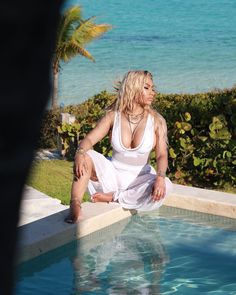 Nicki Minaj (Onika Tanya Maraj) The ★Q♛U♔E☆E♕N★ ♛♔♕ of Rap. a barb 'till the day i die, bitch. Nicki Minaj Feet, Nicki Minaj Rap, Nicki Minja, Nicki Minaj Outfits, Nicki Minaj Barbie, Nicki Baby, Nicki Minaj Wallpaper, Nicki Minaj Pictures, Chun Li