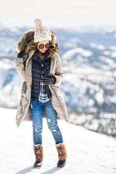 Winter is soon to come, so are jackets, coats, scarfs and boots. With these additional pieces you wear in winter, you have many more options and outfits than you had in summer. But one thing needs not to be sacrificed, that is your unique style. We brought a collection of the best winter outfits that may inspire you this year. #casualwinteroutfit