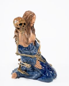Carolein Smit, Death and the maiden 3, 2012. Ceramics, 75 cm © Copyright the artist / Flatland Gallery
