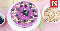 Tämä smoothiekakku on kevyt, mutta todellinen herkku Smoothie, Birthday Cake, Baking, Desserts, Food, Tailgate Desserts, Recipes, Deserts, Bakken