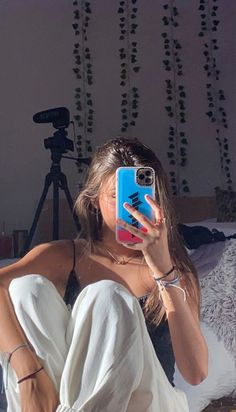 Aesthetic Photo, Aesthetic Girl, Aesthetic Clothes, Cool Girl Pictures, Girl Photos, Bff Pictures, Mode Poster, Cute Selfie Ideas, Tumbrl Girls