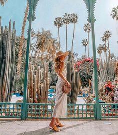 Leonie Hanne in Marrakech Travel Goals, Travel Style, Travel Fashion, Art Marocain, Travel Around The World, Around The Worlds, Places To Travel, Places To Go, Dubai