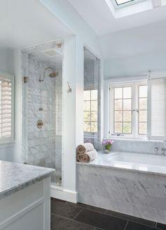 Dream bathroom! Stylish white subway tile bathroom 41