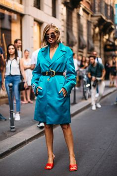 Milan Men's Street Style Spring 2020 More of DAY 1 – Men's style, accessories, mens fashion trends 2020 Milan Men's Street Style, Spring Street Style, Men Street, Italian Fashion, Colorful Fashion, Fashion Photo, Cool Style, Womens Fashion, Fashion Trends