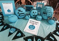 Teal pumpkin project                                                                                                                                                     More Halloween Arts And Crafts, Halloween Games, Halloween Pumpkins, Fall Halloween, Halloween Decorations, Halloween Party, Halloween Ideas, Teal Pumpkin Project, Pumpkin Crafts