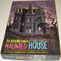 AURORA: 1965 The Addams Family Haunted House Model Kit #Vintage #Toys