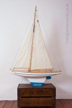 "Vintage pond yacht SB 5 ""Western Star"" by Star Yachts of Birkenhead, England"