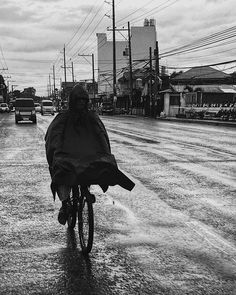 Riding with a coat. . . . . . . . . #street #streetphotography #streets #bnw_captures #bnw_universe #bwmasters #blackandwhite_perfection #bnw_demand #bnwmood #bnw_magazine #agameoftones #createexplore #exploretocreate #streetactivityteam #streetdreamsmag #neverstopexploring #streetshared #streetmobs #urbanphotography #streetphotography #streetexploration #imaginatones #streetmagazine #streetmobs #peopleinsquare #moodygrams #illgrammers #instamagazine #twgrammers #shotaroundmag Urban Photography, Street Photography, Never Stop Exploring, Universe, Magazine, Activities, Explore, Coat, Gabriel