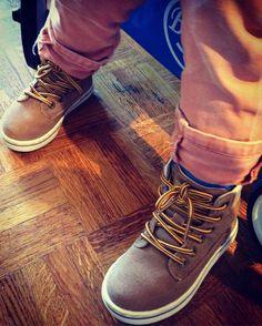 Côté kid...Parce que le dressing de nos enfants aussi est important, je vous montre aujourd'hui les chaussures de mon petit homme...J'ai eu un coup de cœur pou