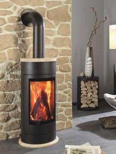 Ultra Modern Wood Burning Heating Stove Perfect For Toronto Winters Www Marshsfireplaces Marsh S Fireplaces Top Rated Stoves